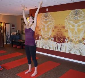 yoga hasta uttanasana